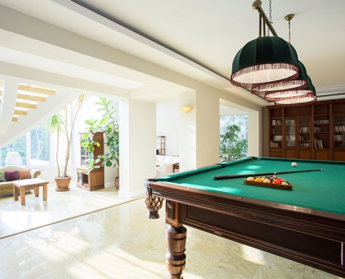 6 FAQs Answered by Professional Pool Table Movers